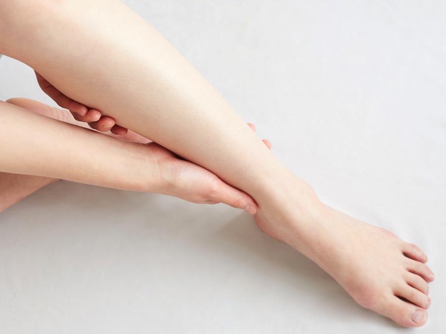 の 痛み 足首